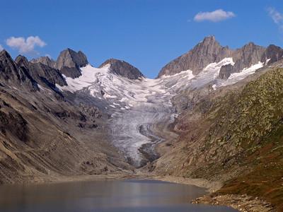 The Oberaarsee and the Oberaar glacier behind