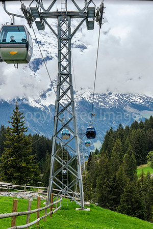 Cable cars to the top