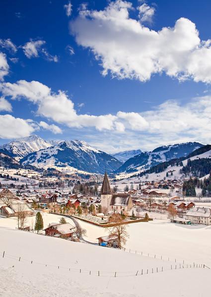 <b>Saanen (Switzerland)</b> <i>Canon EOS 5D Mark II + Canon EF 17-40mm f/4L USM</i>