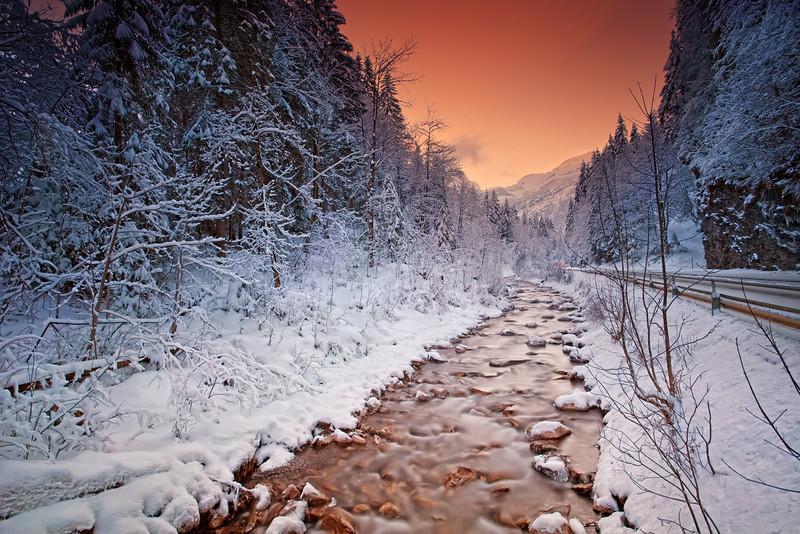 <b>Swiss Mountain Stream</b> <i>Canon EOS 5D Mark II + Canon EF 17-40mm f/4L USM</i>