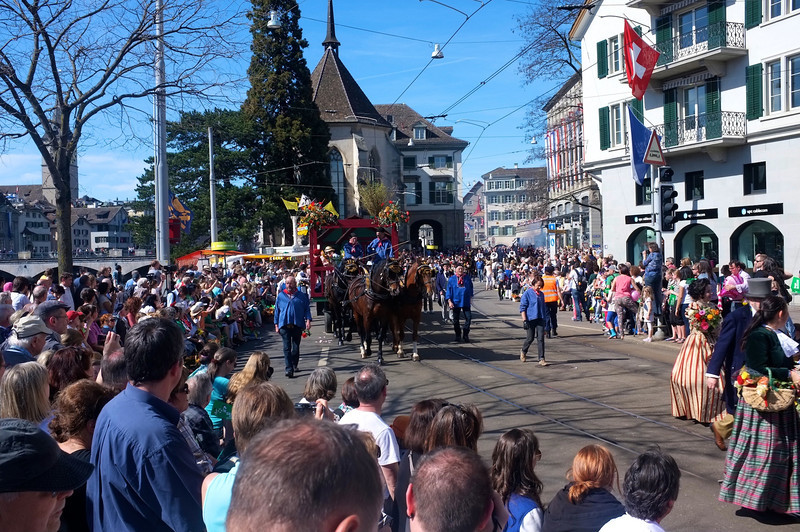 The parade is kilometers long