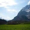 The track between Netstal and Glarus runs through farm fields.