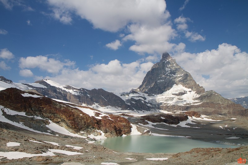 The mighty Matterhorn; the summit is 4,478 metres (14,692ft).<br /> IMG_9590