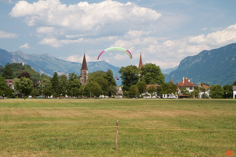 One of the popular activities in the Swiss Alps was paragliding.<br /> IMG_0152