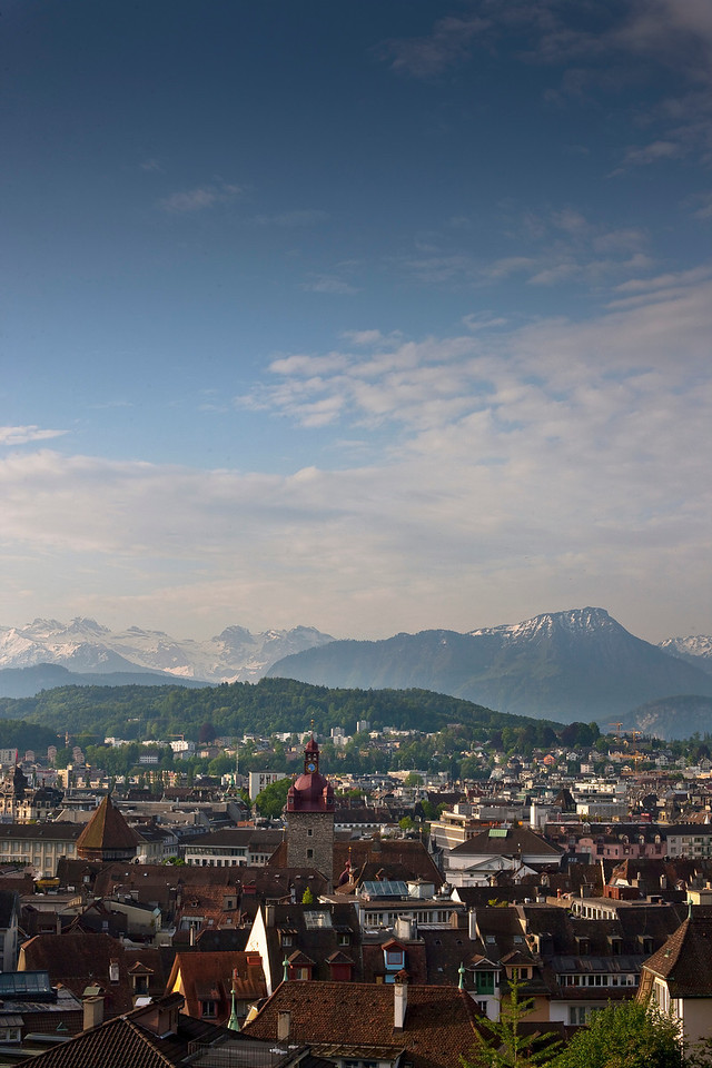 A view of Luzern from atop one of the original castle walls.