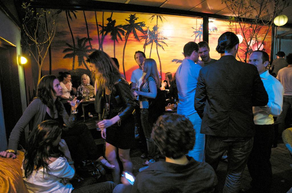 Friday night pub<br /> Sydney
