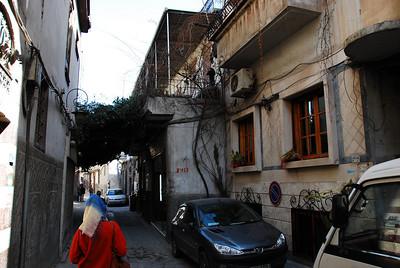 A typical Damascus laneway.