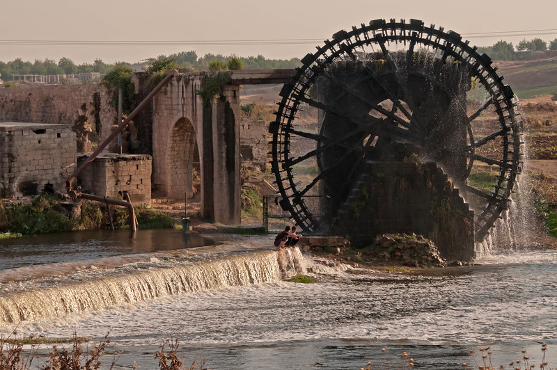 SYRIA WATER WHEEL -196