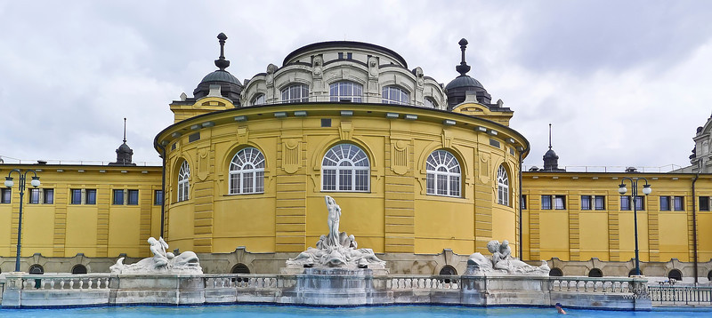 Szechenyi Baths Budapest (May 30, 2013)