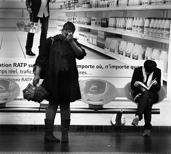 THE DESPAIR OF LONLINESS (Paris Subway)