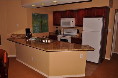 Kitchen unit 702
