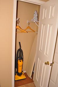 Hall closet unit 702