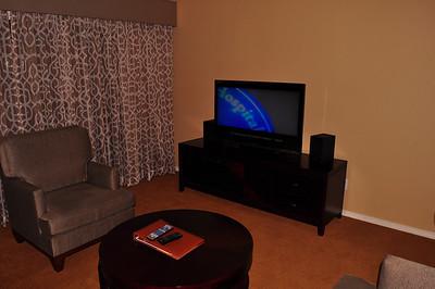 Living area unit 702