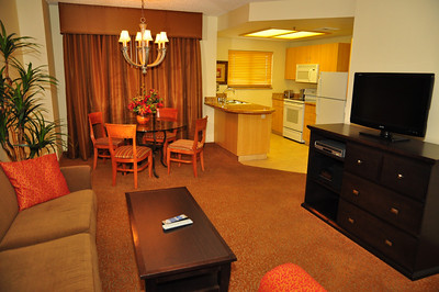 Living area, dining area and kitchen. Total sq ft. for a 1 bedroom condo is approx 600 sq. ft.