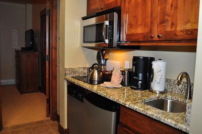 Mini Kitchen in guest bedroom