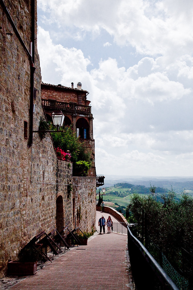VIEW FROM OUTER WALL OF SAN GIMIGNANO