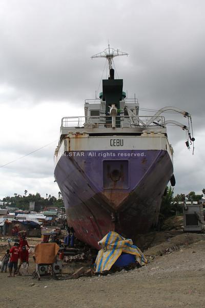 Vessel washed ashore by Typhoon Yolanda (Haiyan) in Anibong, Tacloban City, Leyte, Philippines