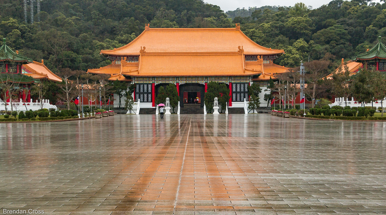 Back in 2012 when I was in Taiwan for work I had always wanted to visit The Martyrs' Shrine but never had enough time to fit it in. It was pretty interesting - they had a lot of paintings and murals about the Chinese Nationalists during World War II.