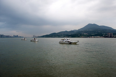 River view, Danshui.