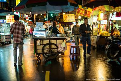 taipei huaxi street night market