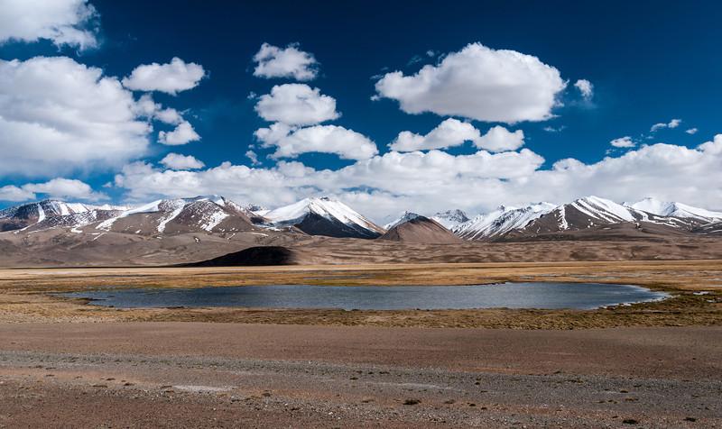 M41 Pamir Highway east of Alichur. Tajikistan