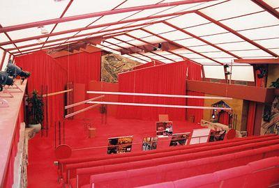 5/18/00 Taliesen West, Scottsdale, AZ Underground gallery, cast concrete walls