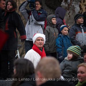 Huolestunut tonttu - Worried gnome. Tampereen Joulunavaus - Christmas Season Opening  at Tampere 2009