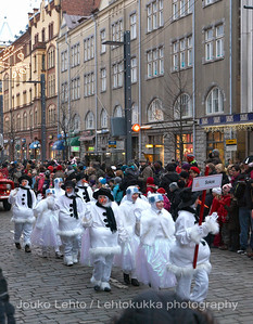 Lumiukkojen paraati - Parade of the snowmen. Tampereen Joulunavaus - Christmas Season Opening  at Tampere 2009