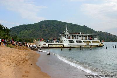T 02_38 Aanleg Songea in Mbamba Bay