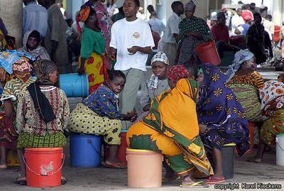 T 01_28 Dar Es Salaam Vismarkt