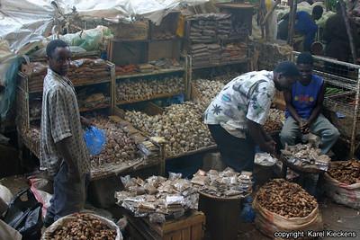 T 01_07 Dar Es Salaam_Kariakoo market