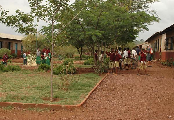 Schoolyard and kids in uniform