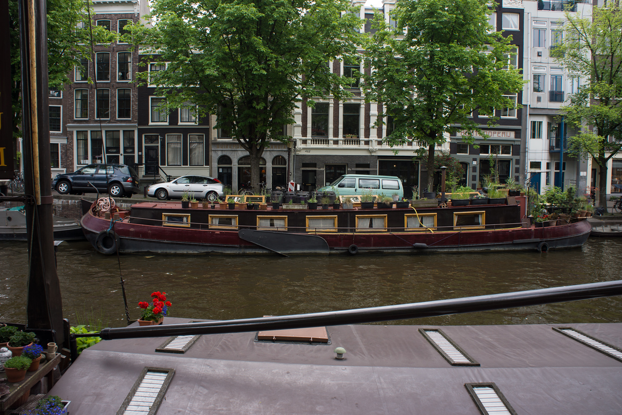 I always like these two boats with all their flowers.