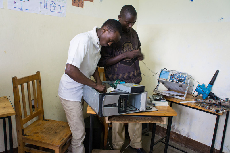 Students in an electronics class.