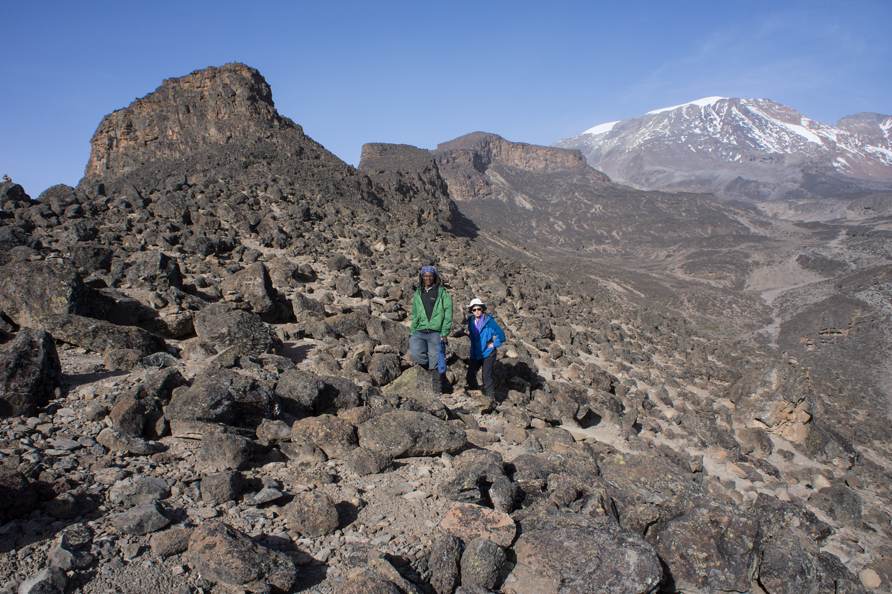 Lisa and Kapanya coming up the lava flow to about 14,100'