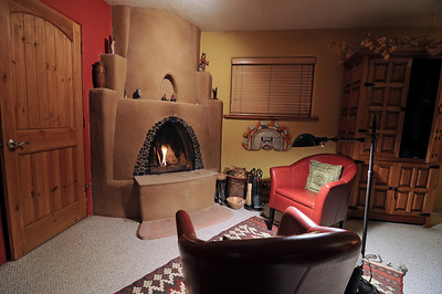 Inside our little Casa Gallina. Notice the Kiva fireplace which we used a lot. It was in the teens and 20s at night so this was a nice way to warm up.