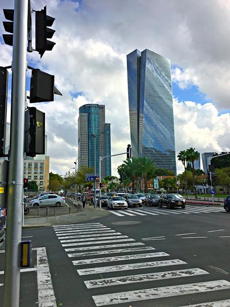Walking to Tel Aviv Art Museum: Azrieli Sarona Tower and German Templar Colony buildings at right