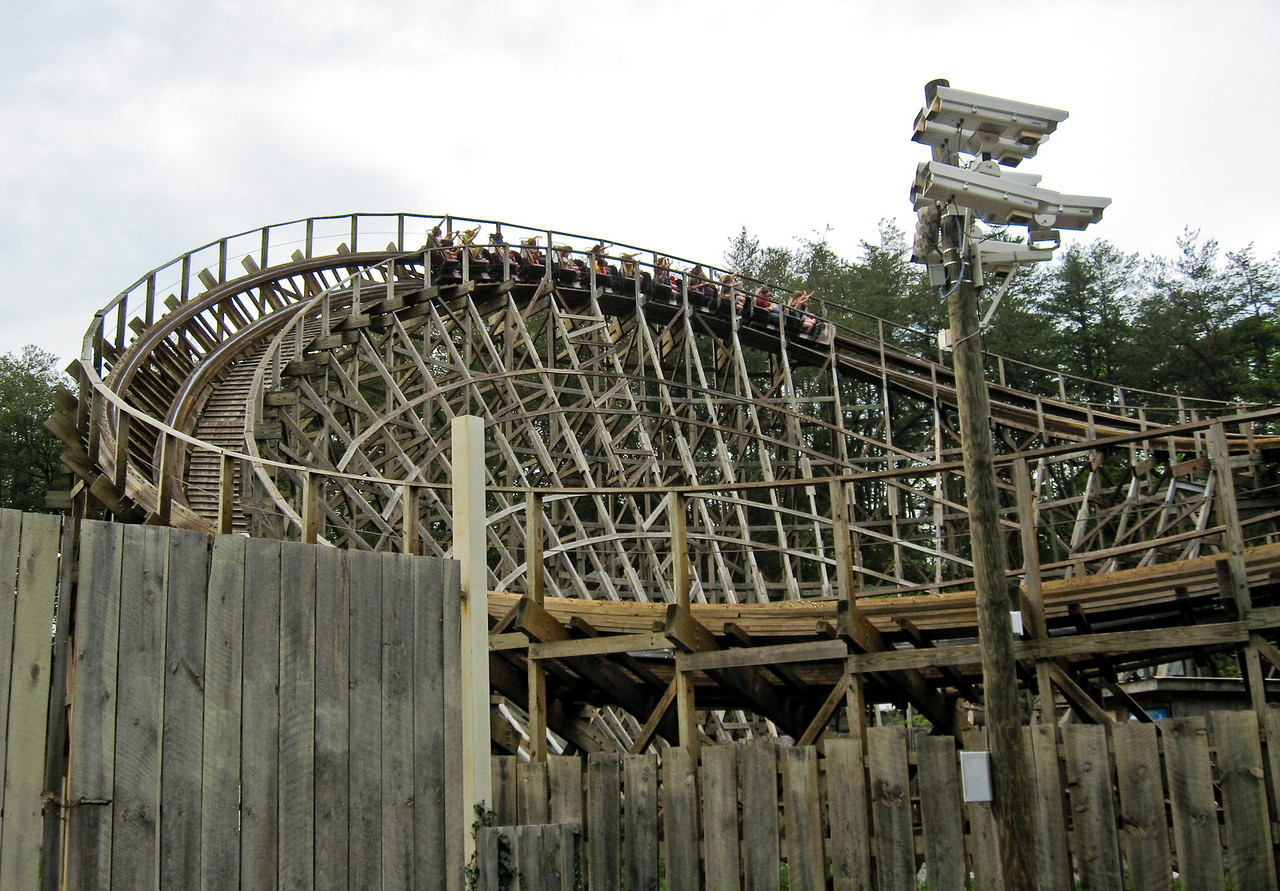 1802 Thunderhead Coaster
