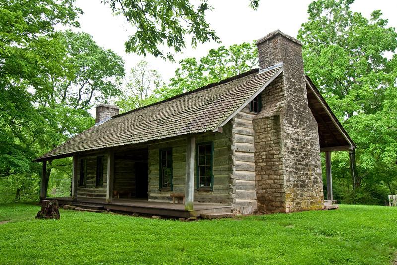 8644 Harding Cabin