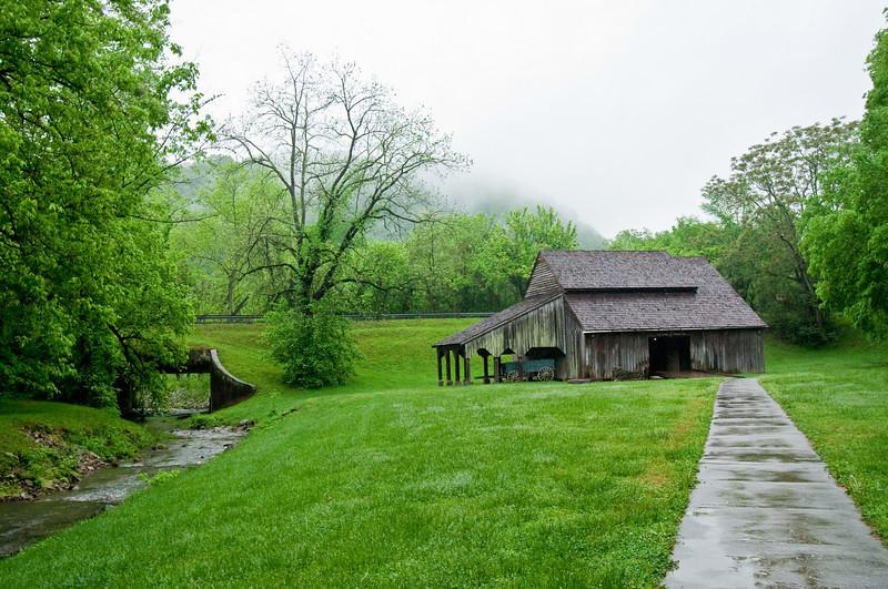 Barn at Norris Dam State Park