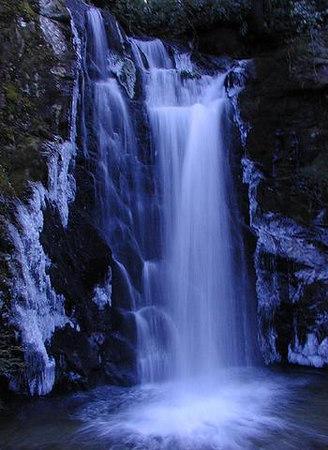 Frozen Wolf Creek Falls TN