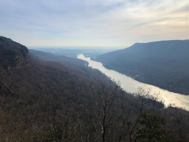 A view from Edwards Point of the gorge and the Tennessee River.