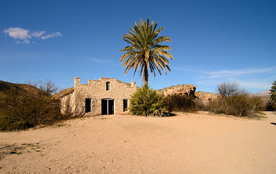 Hot Springs abandoned building.  Shades of the Moroccan Desert...