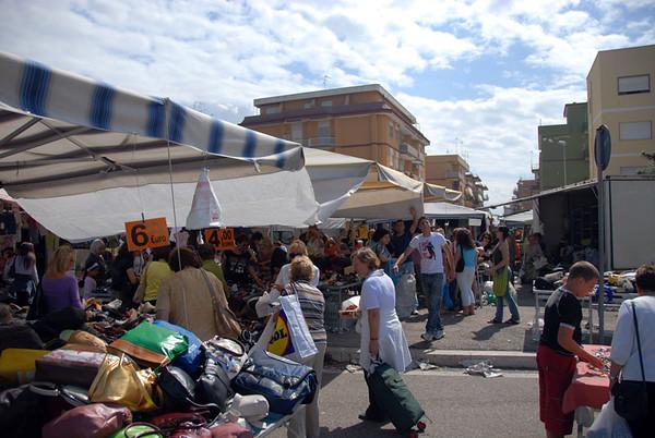 Torsdags marknad i byen.