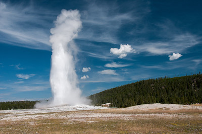 Yellowstone - Old Faithful geyser