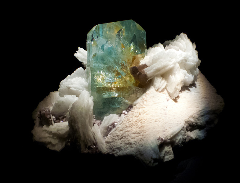 Topaz & Albite<br /> <br /> Houston Museum of Natural Science