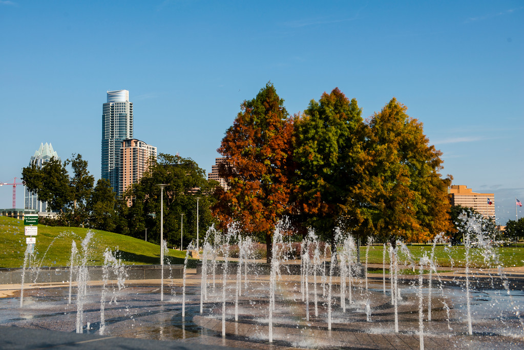 Liz Carpenter Fountain - Butler Park - Downtown Skyline of Austin, Texas - Professional Cityscape Photography