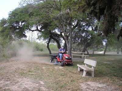 Here is John mowing the Pick-nick area, we were getting it ready for Easter weekend family reunion for the owners.