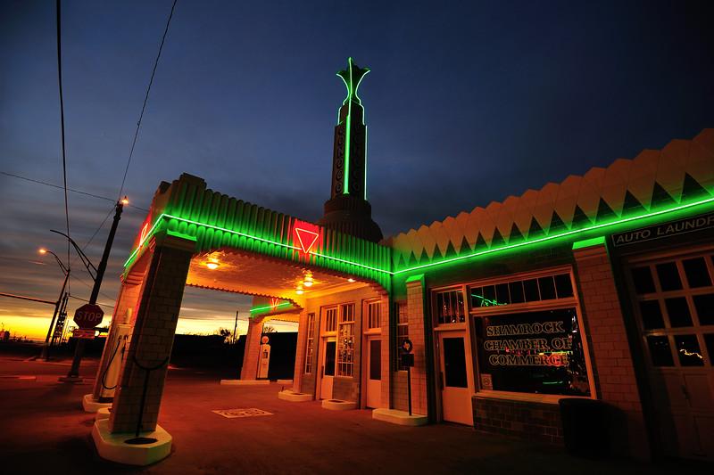 Conoco Gas Station, Route 66