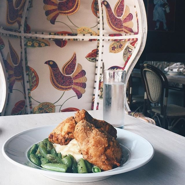 Prohibition is one of the beat restaurants in Houston and famous for its fried chicken. Discover where else to eat in Houston.